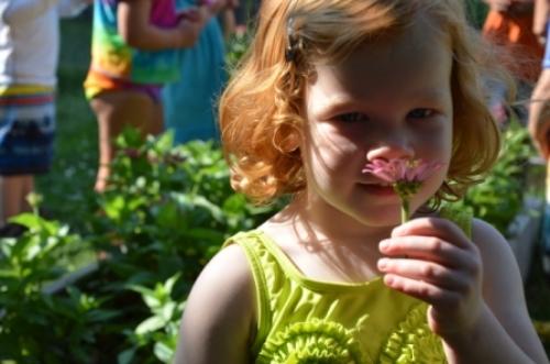 03-gardengirl